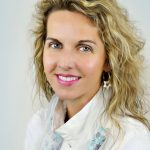 head shot of Dagmar Gatell, internatonal SMO and SEO expert Dagmar Gatell